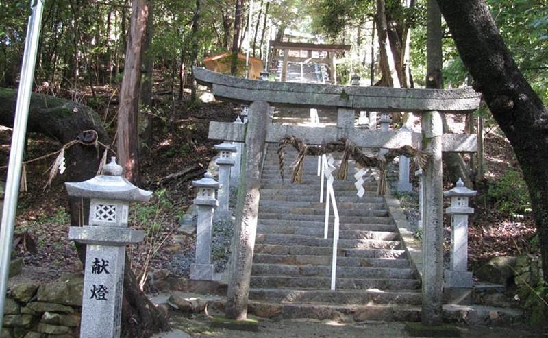 120919_tn-kawaguchi-himejinja-torii-kaidan