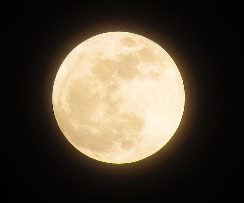 moon-1109746_1280