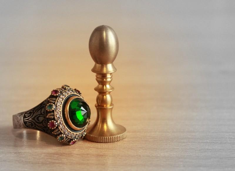 ring-1017797_1280