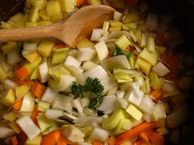 soup-greens-636614_1280