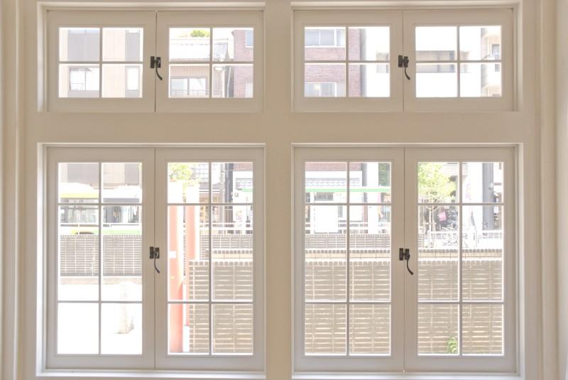 0558 室内小窓