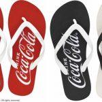 夏にぴったり!クラシカルな「コカ・コーラ」のサンダルで人気運