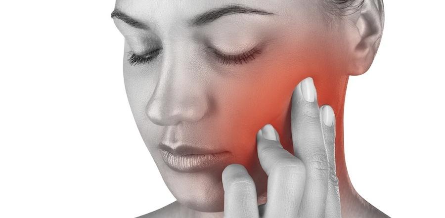 顎関節脱臼