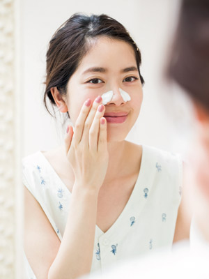 夏の乾燥肌を防ぐ朝の洗顔と保湿ケア