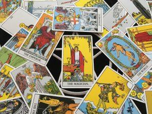 【タロット開運塾】大アルカナ≪魔術師≫に学ぶ「恋愛運・仕事運・金運・対人運」